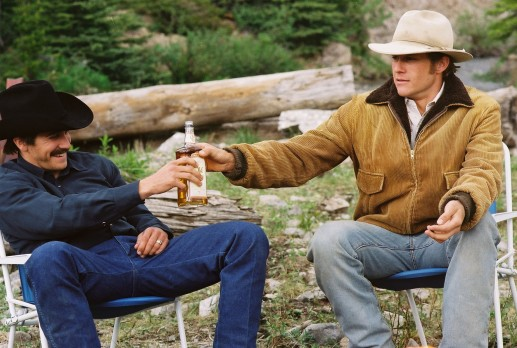 Brokeback-Mountain-Promotional-Stills-brokeback-mountain-31873878-1769-1191-1